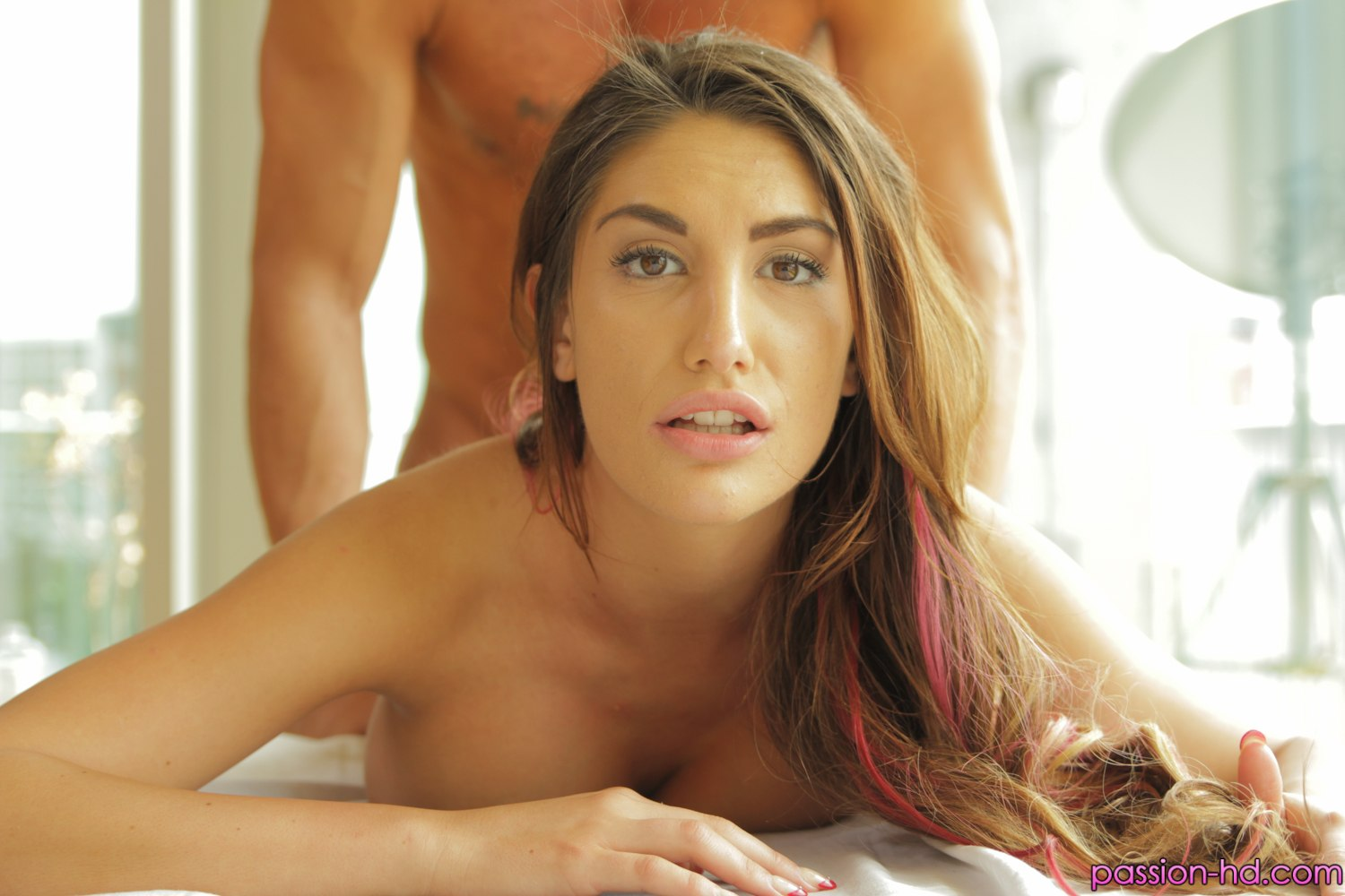 Passion HD August Ames in Full Body Rub Down